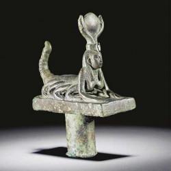 Египетская фигурка женщины-скорпиона