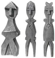Пупыги манси. Резные изображения духов-хранителей и духов предков