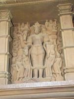 Статуя Хаягривы на храме Лакшмана (Кхаджурахо, Индия)