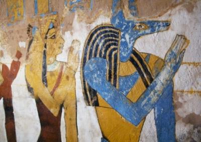 Изида и Анубис (или Упуаут). Фрагмент росписи гробницы