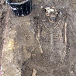 """Захоронение """"вампира"""" в ирландском графстве Роскоммон"""