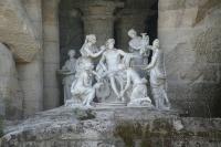 """""""Апполон и нимфы"""". Декоративная группа в гроте парка в Версале"""