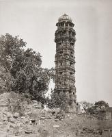 Башня Победы (Jaya Stambh) в Читоре. Фото Колина Мюррея, 1872 год