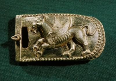 Золотая застёжка пояса с изображением грифона. Ольвия, I век до н.э.
