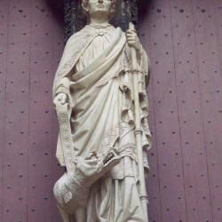 Святой Роман и Гаргуйль. Статуя фасада Руанского собора, XIX век. Скульптор Фулькони