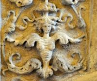 Гарпия (украшение главной лестницы во Дворце дожей, Венеция)
