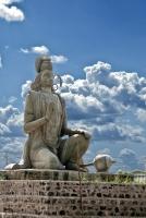 Статуя Ханумана в индийском городке Гулбарга