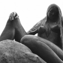 Лорелея. Скульптура на пирсе Санкт-Гоарсхаузена