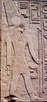 Барельеф с изображением бога Монту на храме его имени в селении Медамуд