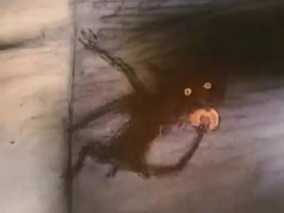 """Банник ест оставленное для него угощение. Кадр из мультфильма """"Нюркина баня"""" (1995)"""