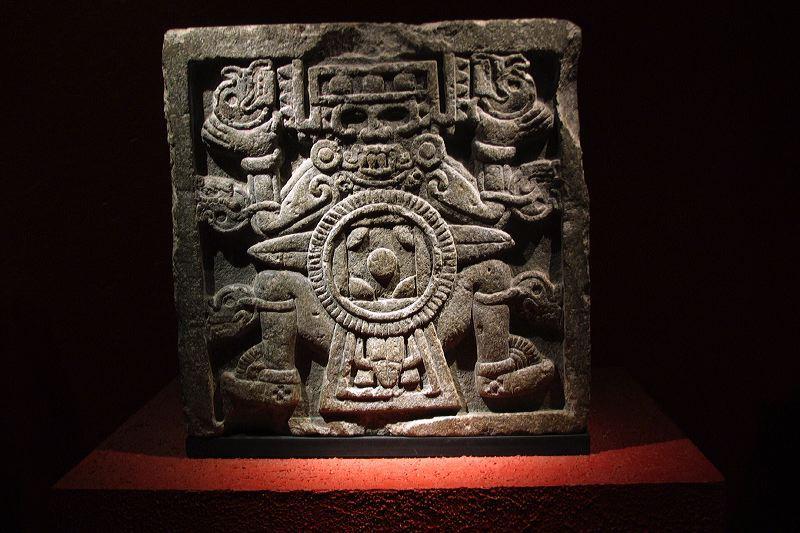 Тлальтекутли. Каменное изваяние из пирамиды Уицилопочтли (Темпло Майор), Мехико