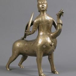 Кентавр, побеждающий дракона. Саксонская статуэтка XIII века