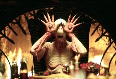 """Бледный человек (Pale Man). Кадр из фильма """"Лабиринт фавна"""""""
