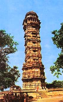Башня Победы в Читоре (фото)