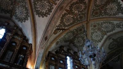 Крокодил в церкви Святилище Святой Девы Марии милосердной (Santuario della Beata Vergine delle Grazie), Куртаноне, Италия