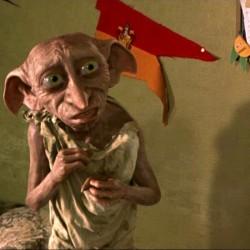 """Доби. Кадр из фильма """"Гарри Поттер и тайная комната"""" (2002)"""
