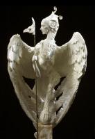 Скульптура гарпии работы Forest Rogers