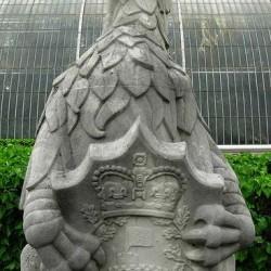 Грифон Эдуарда III. Скульптурное изображение.