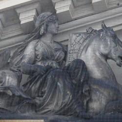 Гиппокамп на здании Дрезденской Академии Изобразительных Искусств