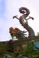 Китайский дракон-лун в Сингапуре (скульптура)