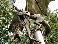 Дракон из Ноттингема. Скульптурная композиция Роберта Стабли
