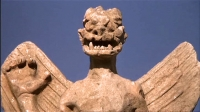 """Изваяние Пазузу (голова крупным планом). Кадр из фильма""""Exorcist"""""""