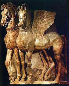 Крылатые кони. Декор храма Ара делла Регина