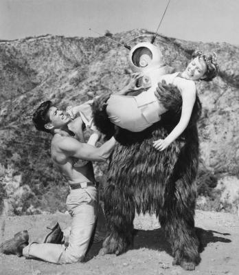 """Рекламное фото к фильму """"Робот-монстр"""" (Robot Monster, 1953)"""