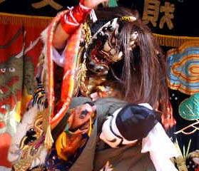 Сикомэ. Образ в японском театре