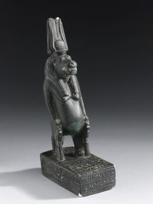 Сувенирная статуэтка богини Таурт. Начало XX века н.э.