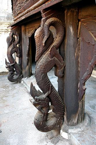 Тоенаяр — бирманский дракон
