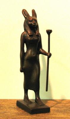 Современная фигурка богини Венет