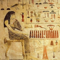 Богиня Кебхут на стеле принцессы Нефертиабет
