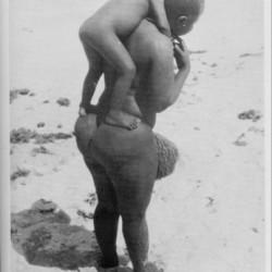 Стеатопигия, характерная для готтентотских женщин. Фото XIX века