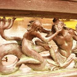 Ихтиокентавр. Элемент оформления ограждения в парке Сан-Суси