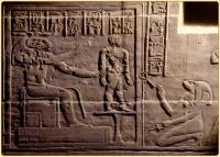 Бог Хнум и богиня Хекет создают человека