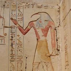 Барельеф с изображением бога Тота в храме Рамзеса (Абидос)