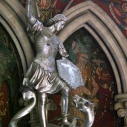 Драконоборец Байе - архангел Михаил
