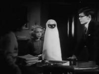 """Кадр из фильма """"Сверхзвуковая тарелка"""" (Supersonic Saucer, 1956)"""