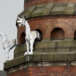 Драконы на трубе завода Карлсберг в Копенгагене