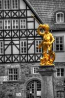Дракон и рыцарь — рыночный фонтан Айзенаха