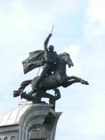 Бобруйский драконоборец. Статуя у Каплiцы Ўсіх, што смуткуюць Радасць