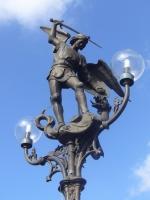 Дракон, попираемый Михаилом-архангелом в Генте