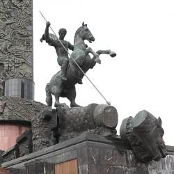 Георгий Победоносец — памятник в Москве на Поклонной горе