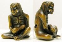 Каппа, держащий огурец. Нэцке мастера Toshikazu, середина XIX века