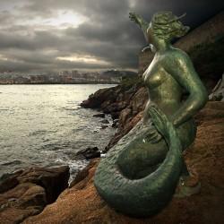 Статуя русалки в Корунье