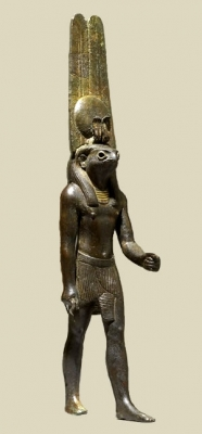 Бронзовая фигурка бога Монту. Британский музей