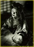 """Кайбё и девушка. Фильм """"Проклятая стена кошки-призрака"""""""