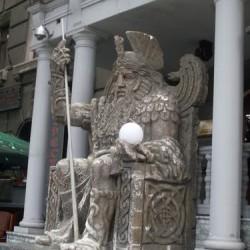 Один. Скульптурное изображение