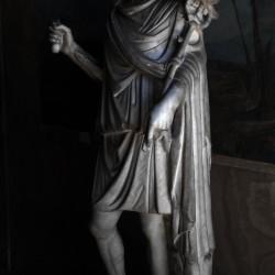 Анубис. Статуя в романском стиле